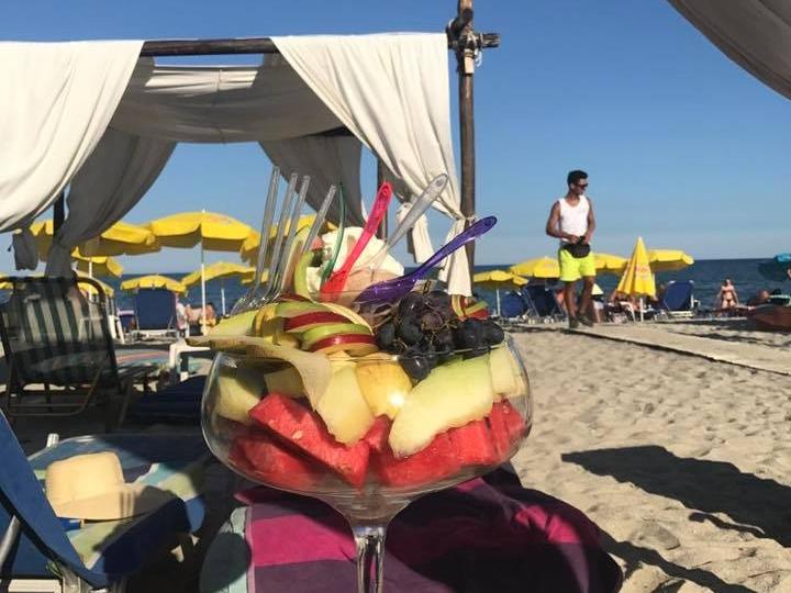 AFROS beach bar